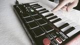 Making a beat with AKAI MPK Mini MK2 #2 (Old School)