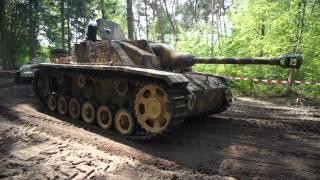 StuG, Sd.Kfz. 250 and Hetzer in Militracks, Overloon 2015. Original Sound. New HD!