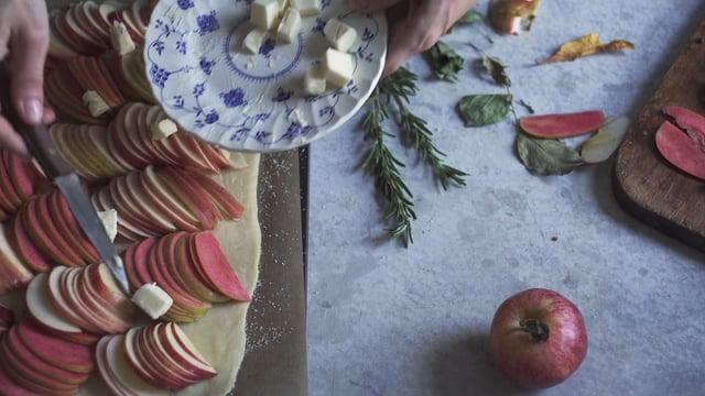 Rosemary Apple Tart