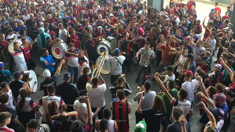 San Lorenzo Ultras - Despacito Cover