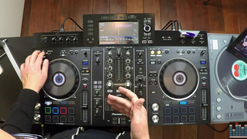 Video Review Pioneer DJ XDJ-RX2 All-In-One Media Player!