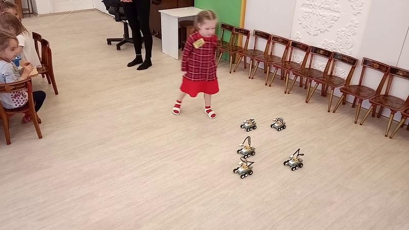 Детский центр робототехники Умник веселые старты роботов смотреть онлайн без регистрации