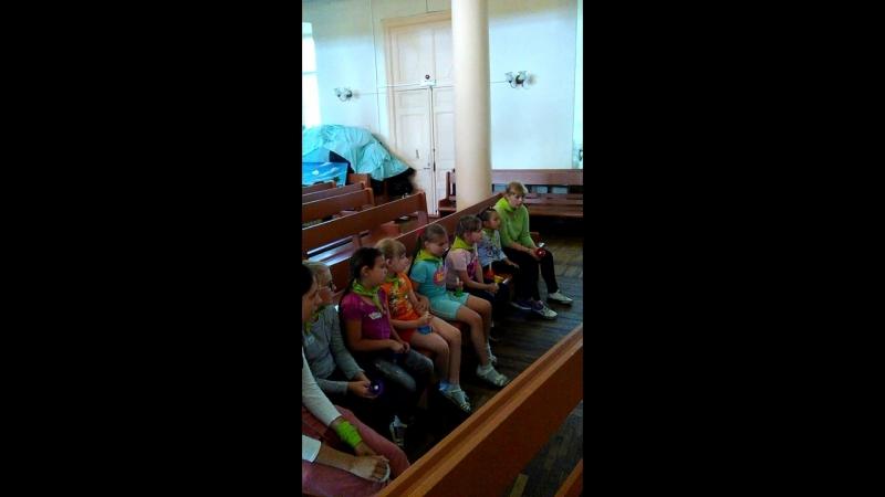 Музыкальные занятия в лагере