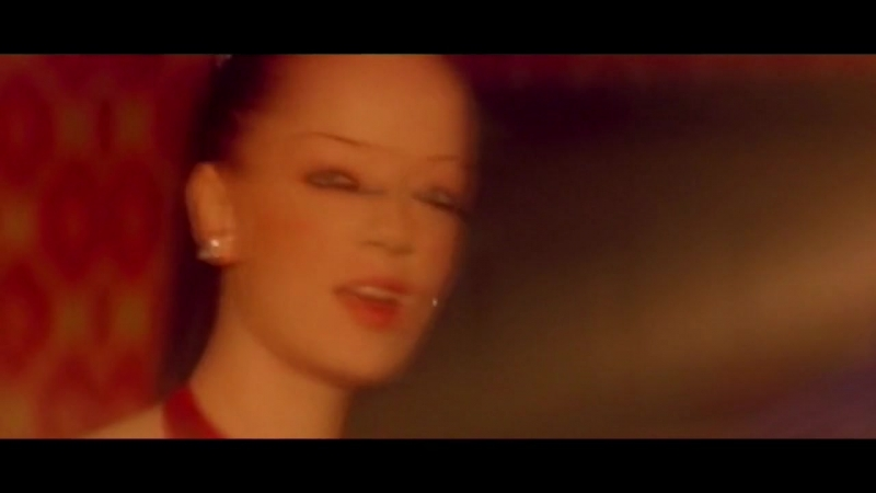 Garbage - The World Is Not Enough (Shirley Manson)