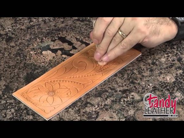 Learning Leathercraft with Jim Linnell, Lesson 4: Using A Pear Shader