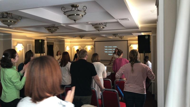 5 минут прославления утреннего Богослужения