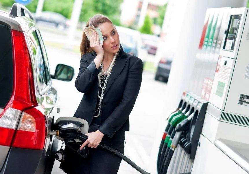 Почему растет цена на бензин?