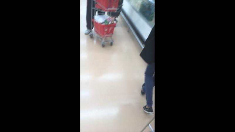 Город роботов в магазине ашан:🚀😂