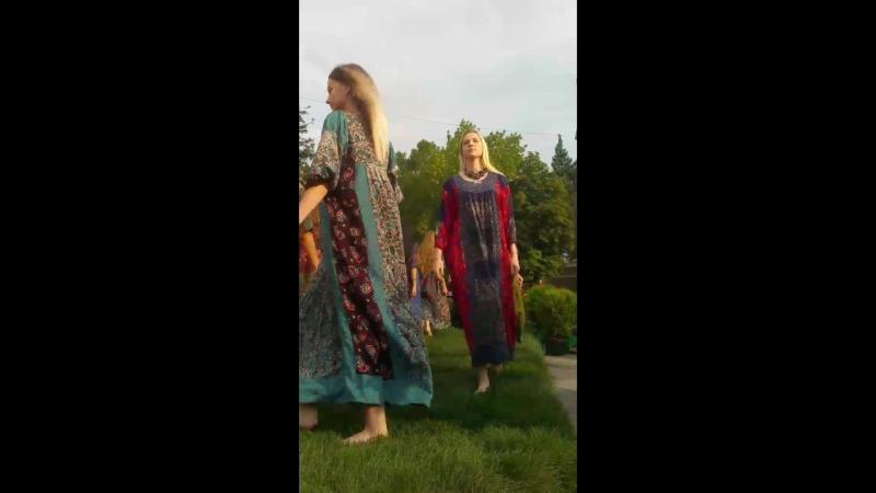 Моё Русское платье!Сегодня в Саратове,18 августа в 17ч,у памятника Чернышевскому Показ Мод Всех Ждем!Палитра ремесел.