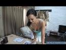 06 Зрелая мамка любительница посмотреть порно журналы и видео