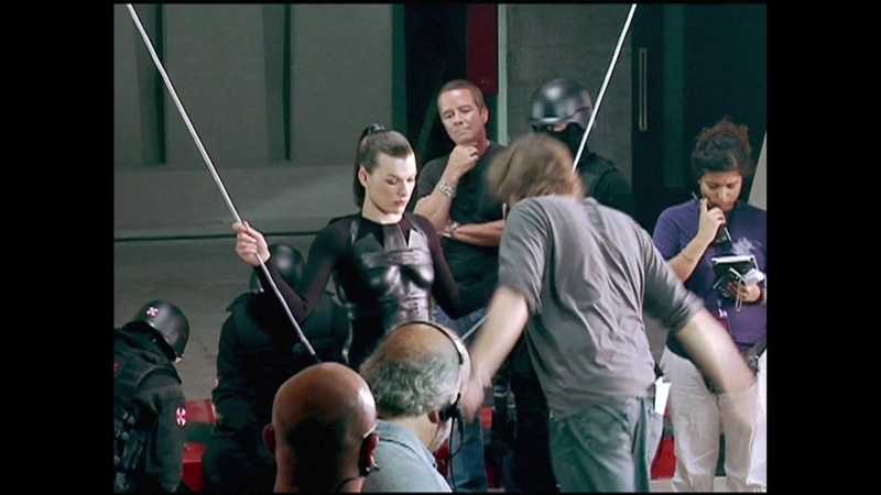 Resident Evil Afterlife - Back under the Umbrella