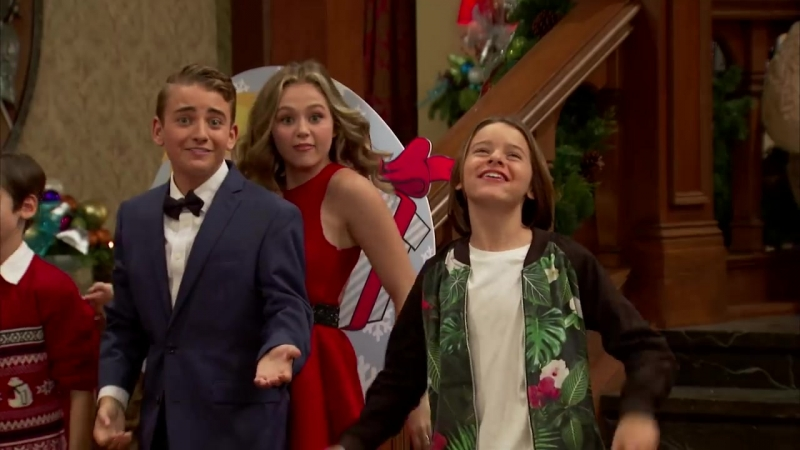 Official_Nickelodeon_Ho-Ho_Holiday_Special_Variety_Show_Trailer_Premieres_12_5_o.mp4