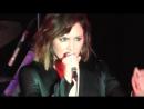 Выступление с песней «She Used To Be Mine» в парке Марина-Дель-Рей 09.08.18