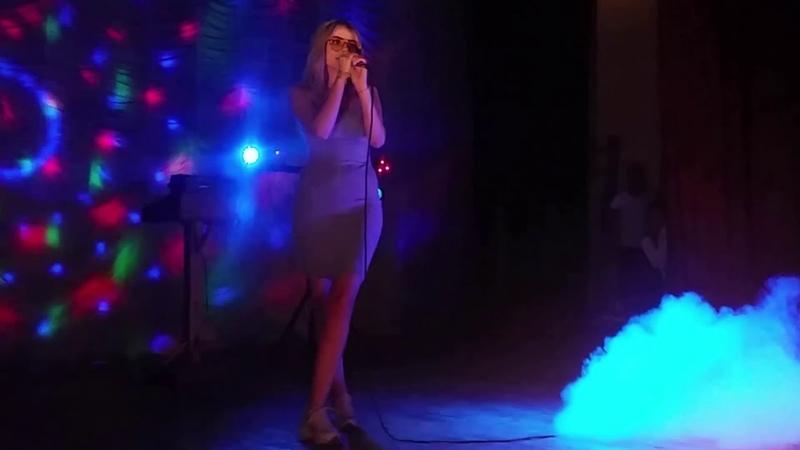 Концерт группы PREMIUM! Специально Приглашенные Гости из Тирасполя - Ty-ana с песней - РАССКАЖИ МНЕ!