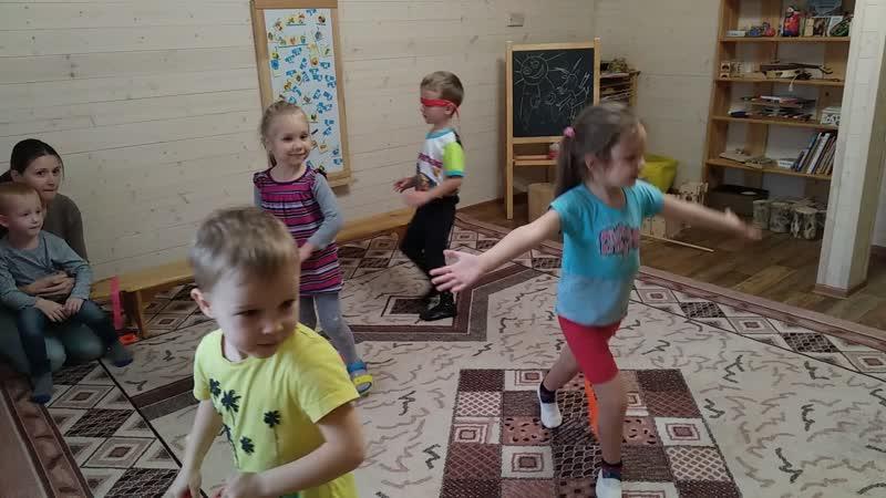 Мышь-балет на музыкальном занятии в Мамином садике (октябрь 2018) - малыши догоняют старших