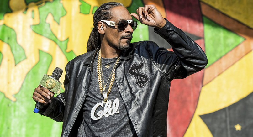 SNOOP DOGG ВЫПУСТИЛ КЛИП «WORDS ARE FEW» С НОВОГО АЛЬБОМА «SNOOP DOGG PRESENTS THE BIBLE OF LOVE»