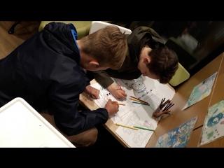 Детки на заправке рисуют май18