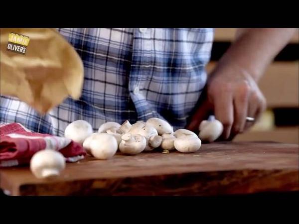 Джейми Оливер - Пирог с курицей и грибами