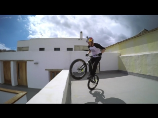 Deep house presents: gopro  danny macaskill - cascadia