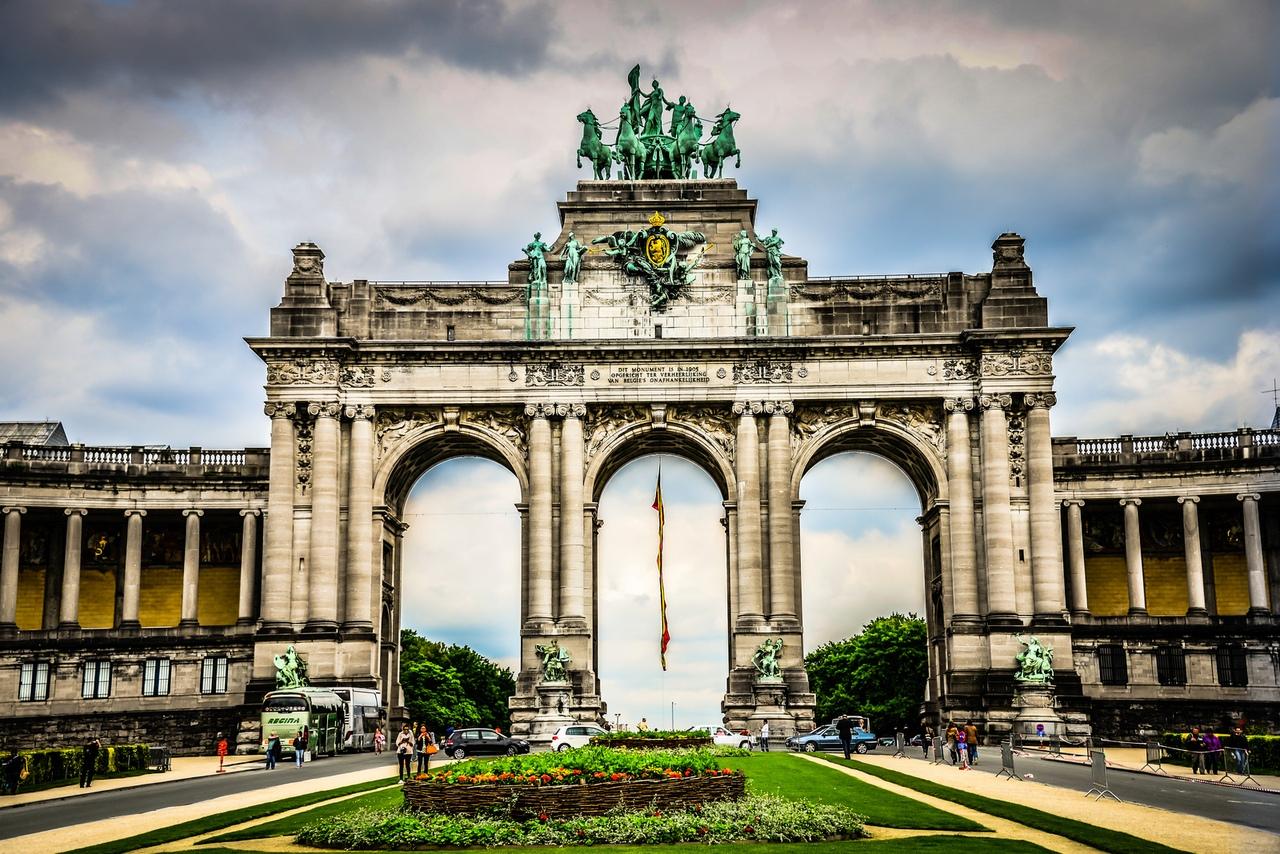 триумфальные арки мира фото оттенок вкраплений венге