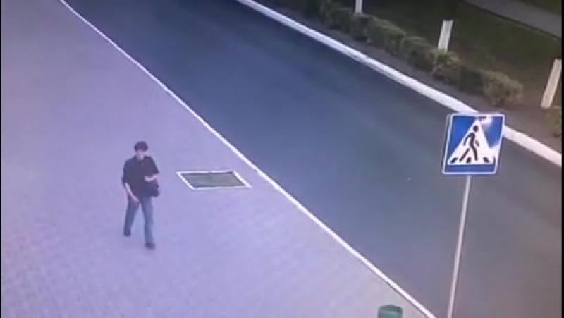 В Саранске ищут похитителя кошелька и мобильного телефона