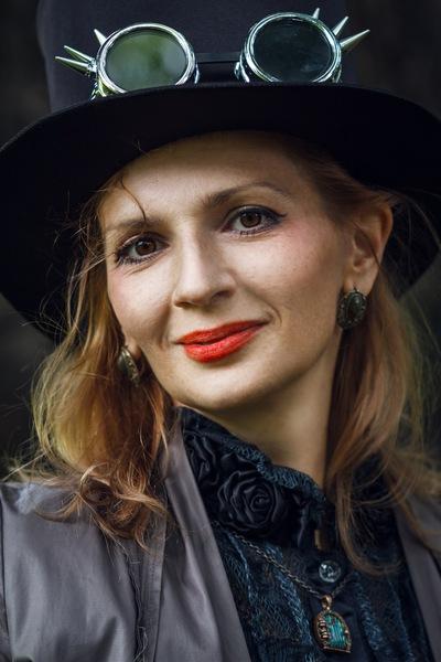 Анна Сенникова