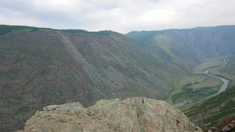 Перевал Кату-Ярык и долина реки Чулышман