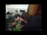 Харьковские спасатели освободили ребёнка из стиральной маши