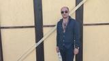 "Артем Карокозян ( КАХА) on Instagram: ""#artemkarokoz #artem_karokoz #каха #вэйпнэйшн #бутылка #кахаибутылка #артемкарокозян #кавказ #блатной #челе..."