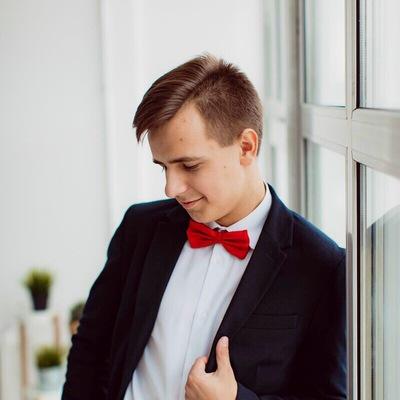 Антон Снедков