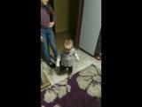 Маленький танцор))