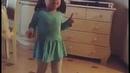 Вите надо выйти девочка прикольно танцует