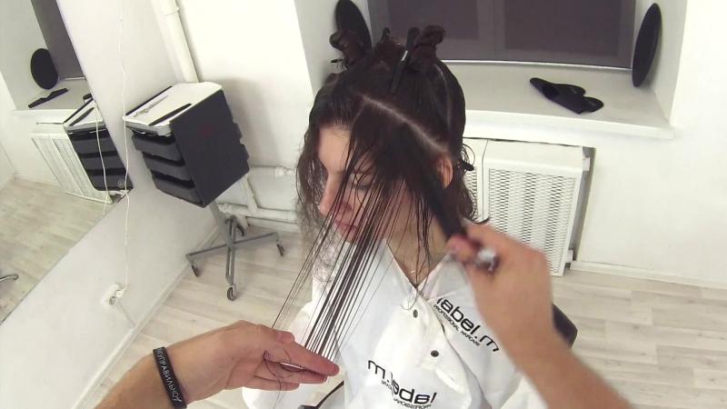 Женская стрижка на длинные волосы со слоями квадратные слои