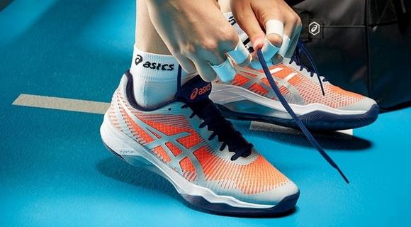 Женские кроссовки для волейбола, сквоша, бадминтона и настольного тенниса 9645640b574