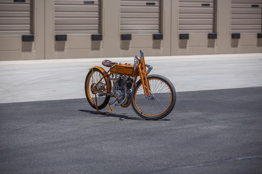 Отреставрированный ретро гоночный байк Harley-Davidson 11K