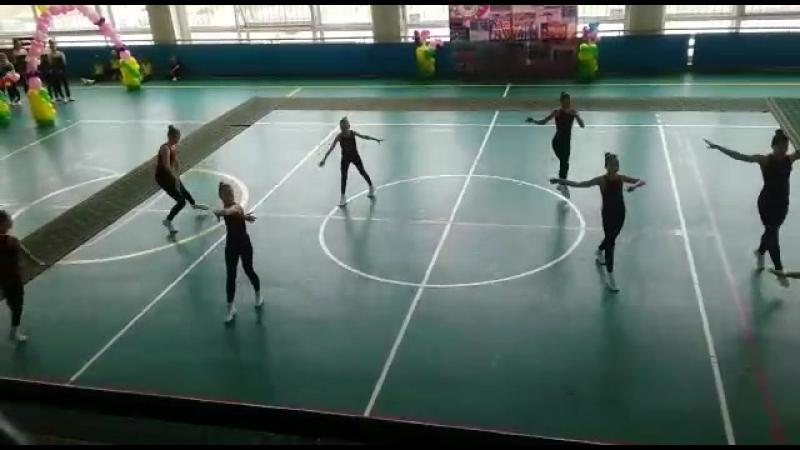 Танцевальная гимнастика 12-14 лет  2 место  Первенство ГО Большой Камень, посвящённое 35-летию клуба Грация