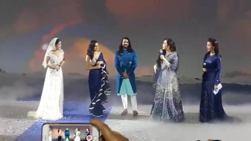 Rangrasiya reunion - Song translate in thai - @tha_ashish - @ashish30sharma - Jknmegashowcase - AshishInThailand - SanayaInThail