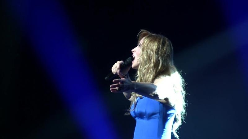 Lara Fabian You Raise Me Up instrumental I Am A WA Paris Théâtre du Châtelet 16 11 2013