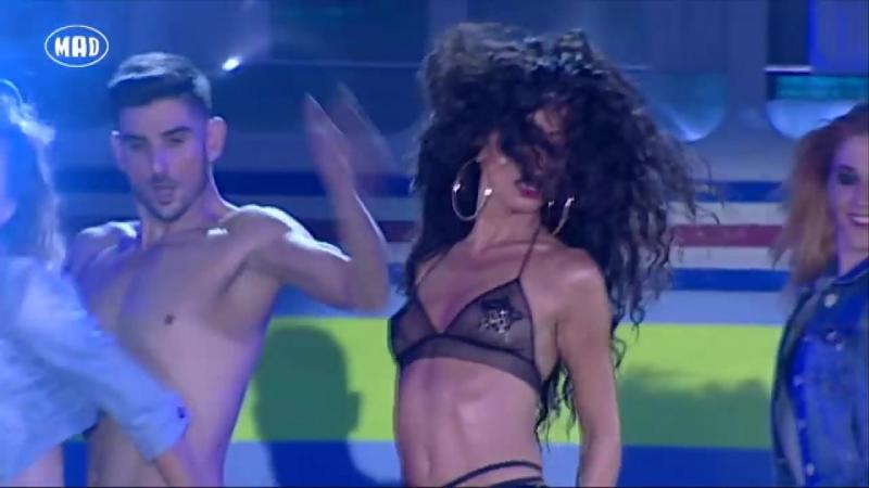 J Balvin Eλένη Φουρέιρα - Tranquila (Mad VMA 2014 by Airfasttickets)