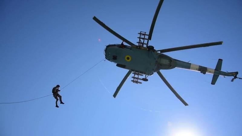 «Сі Бриз 2018». Прикордонники відпрацювали висадку з гелікоптера на судно-порушник