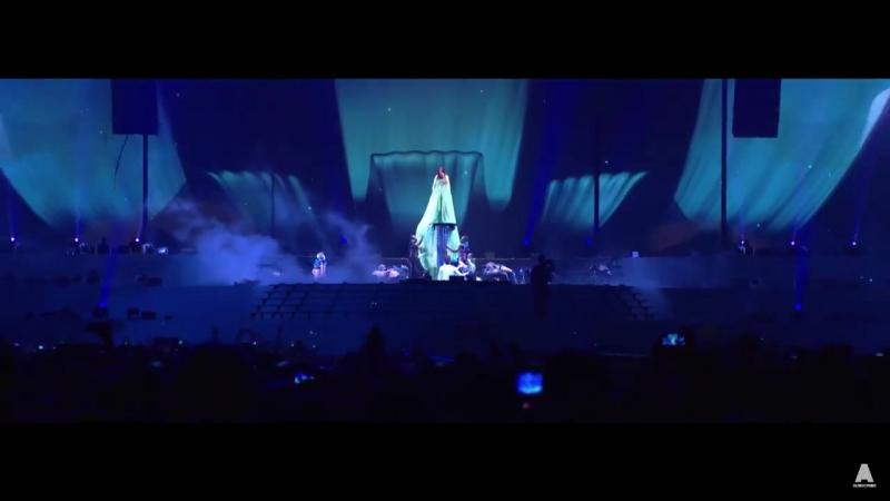 Armin Van Buuren ft. Sharon Den Adel - In and Out of Love (live)