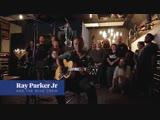 Ray Parker Jr. вместе The Blue Crew исполняет Ghostbusters