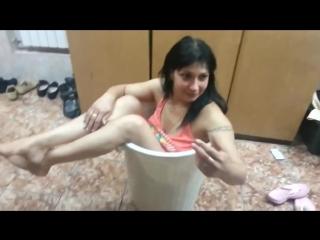 ЗаШтряла. Пьяные девки стебутся! )))