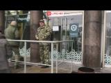 На место взрыва в магазине «Перекресток» в Питере приехали следователи СК и взрывотехники ФСБ