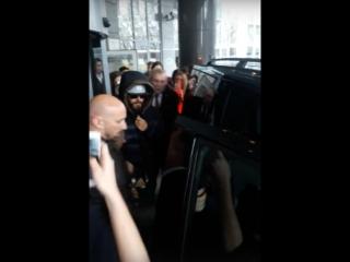Jared & Shannon Leto покидают отель Ренессанс Москва Монарх (28/04/18)