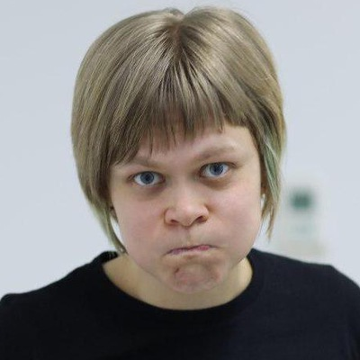 Юля Бобович