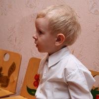 Миша Варнавский