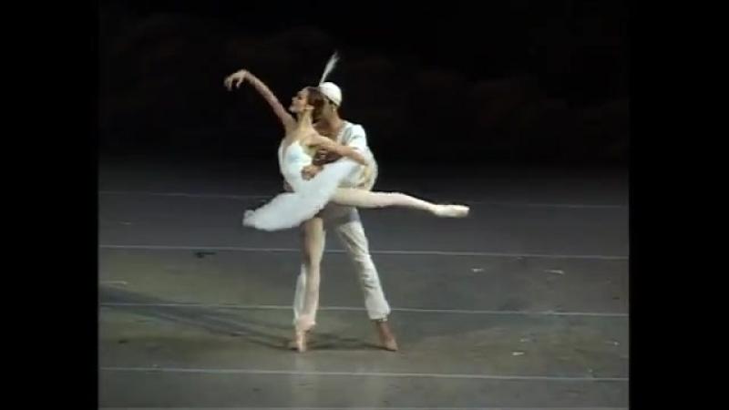 Ульяна Лопаткина и Николай Цискаридзе. Pas de deux из балета Л. Минкуса Баядерка. 2007.