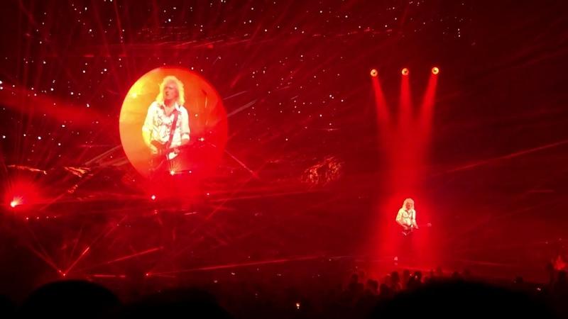 Queen Adam Lambert - Brian May's Guitar Solo (Live in Antwerp, Belgium 06/29/2018)