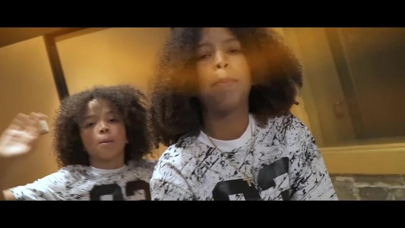 Stash4506 х Prince Takis Watch Me Glow feat Brendan MacFarlane США